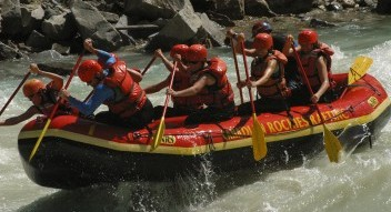 Whitewater rafting trips on the Kicking Horse River, Kananaskis River and Bow River Horseshoe Canyon